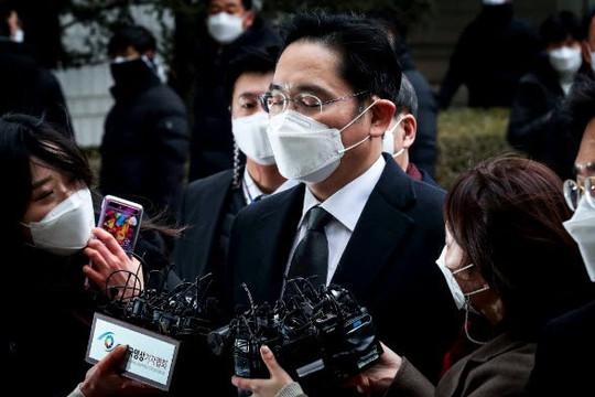 Đại gia giàu nhất Hàn Quốc có thể đi tù lâu hơn 30 tháng và 4 điều cần biết