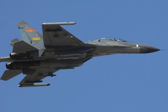 6 chiến đấu cơ Trung Quốc và 1 máy bay trinh sát Mỹ bất ngờ áp sát, Đài Loan làm điều chưa từng có