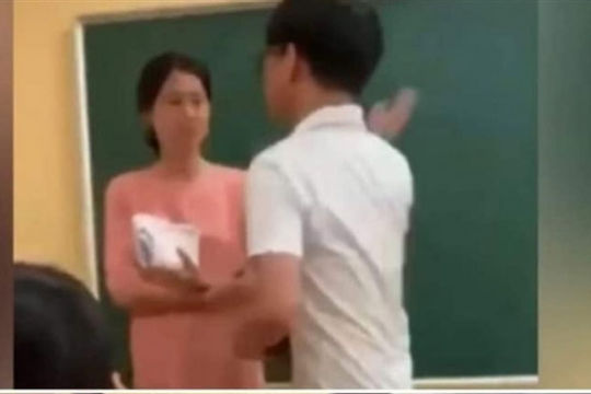 Bộ GD-ĐT yêu cầu xác minh clip học sinh tát giáo viên đang gây xôn xao