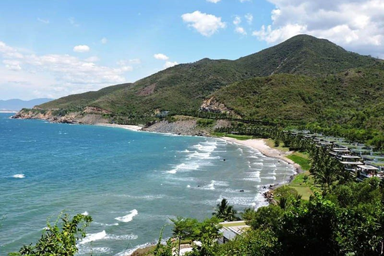 Khánh Hòa: Dự án 'khủng' chiếm rừng, lấn luôn biển để... bảo tồn văn hóa