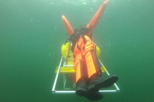 Robot lặn dưới nước giúp phát hiện và giải cứu người gặp nạn