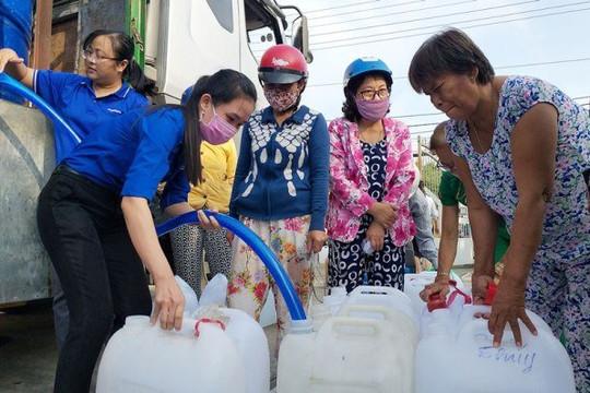 Bến Tre: Lý giải chuyện giá nước ngọt trong mùa hạn mặn tăng cao