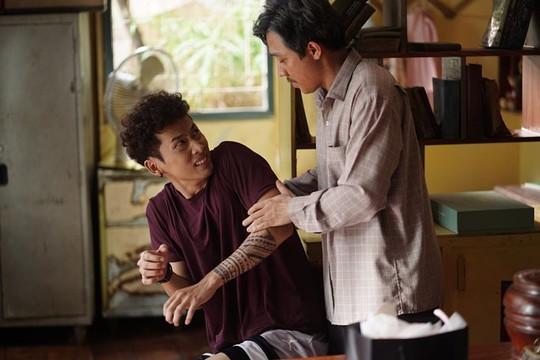 Phim 'Bố già' đạt doanh thu cuối tuần cao thứ ba thế giới