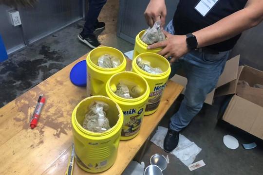 Clip Hải quan Tân Sơn Nhất phát hiện 5,84 kg  nghi ma túy gửi về từ Mỹ dưới dạng quà biếu