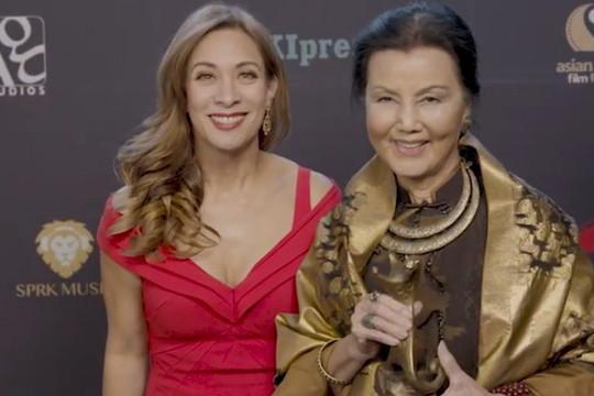 VIDEO: Diễn viên Kiều Chinh nhận giải Thành tựu trọn đời của AWFF