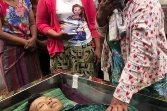 Cuộc chiến giành giật xác người biểu tình tại Myanmar