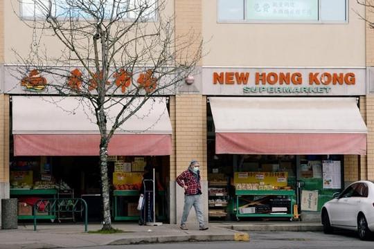 Dân Hồng Kông ồ ạt chuyển tiền sang Canada