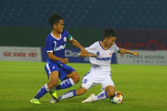 VCK U.19 Quốc gia: Hạ Quảng Nam 2-1, An Giang giành ngôi đầu bảng B