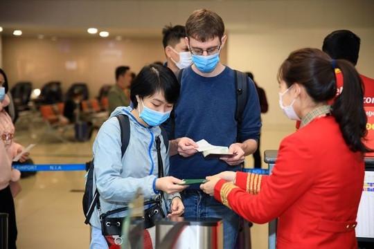 Các hãng hàng không lần lượt mở lại đường bay quốc tế