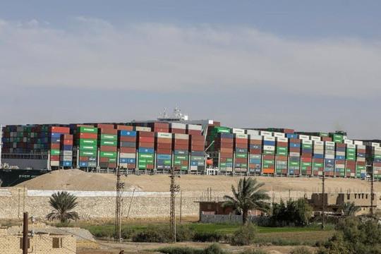 Tất cả tàu mắc kẹt vì Ever Given đã qua kênh đào Suez, chủ và hãng vận hành đùn đẩy việc bồi thường