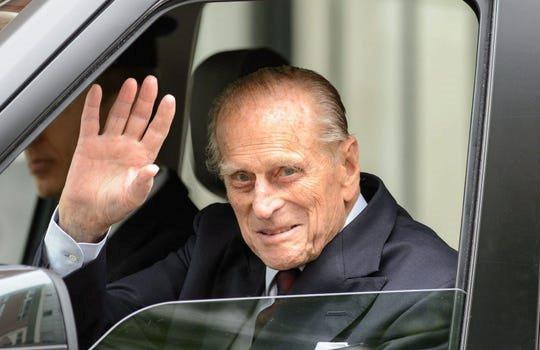 Lãnh đạo Việt Nam chia buồn với Nữ hoàng Elizabeth II vì Hoàng thân Philip qua đời