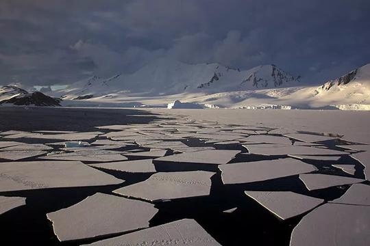 Nguy cơ thảm họa ngập lụt toàn cầu từ thềm băng Nam Cực