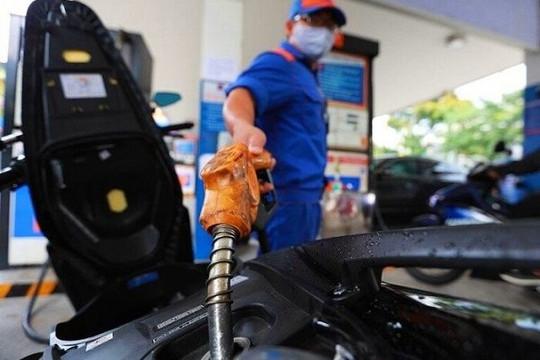 Giá xăng giảm nhẹ 45 đồng/lít