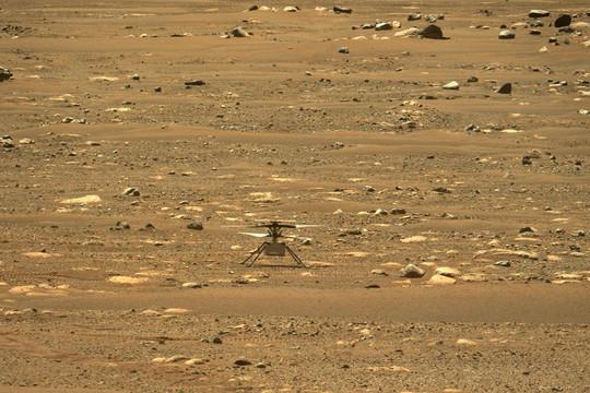 Trực thăng Ingenuity của NASA cất cánh thành công trên sao Hỏa