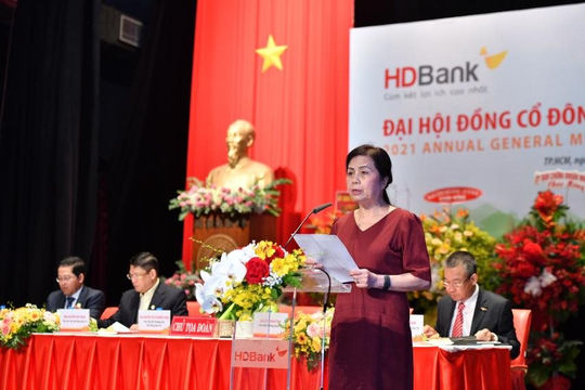 HDBank đẩy mạnh chuyển đổi số, duy trì đà tăng trưởng