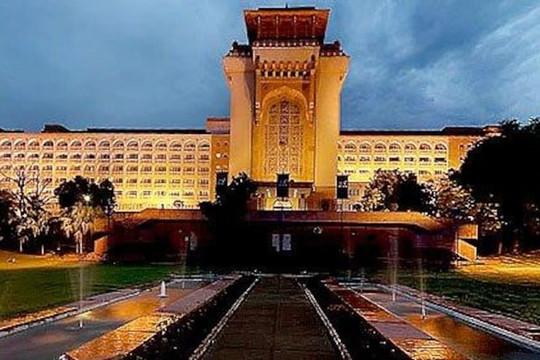 Biến khách sạn 5 sao thành bệnh viện dành riêng cho thẩm phán, chính quyền ở Ấn Độ gây phẫn nộ