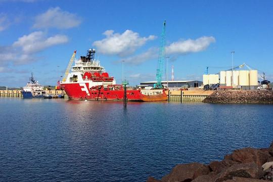 Úc xem xét hủy hợp đồng thuê cảng 99 năm của công ty quan hệ chặt chẽ với quân đội Trung Quốc