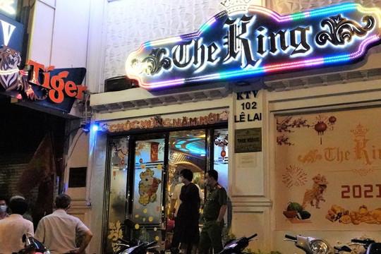 Nhà hàng The King 'phớt lờ' lệnh cấm karaoke, Chủ tịch TP.HCM đề nghị rút giấy phép kinh doanh