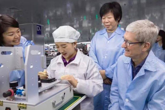Nghị sĩ Mỹ yêu cầu CEO Apple phản hồi về cáo buộc 7 đối tác cưỡng bức lao động Duy Ngô Nhĩ
