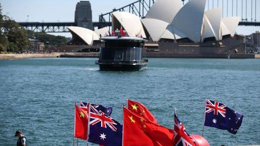 Bắc Kinh khuyên Úc nên sám hối, Mỹ thề không bỏ rơi Úc khi đối đầu Trung Quốc
