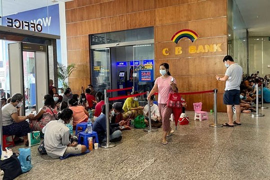 Khủng hoảng tiền mặt tại Myanmar