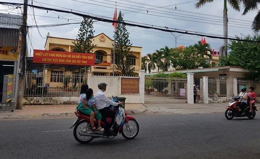 Nữ thẩm phán ở An Giang nói gì khi bị tố tiếp dân nhưng không đeo khẩu trang?
