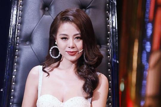 Nam Thư đã xin lỗi về vụ quảng cáo tiền ảo, còn Kiều Minh Tuấn, Ngọc Trinh thì sao?
