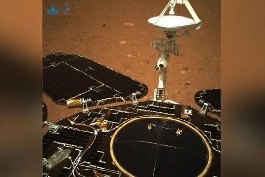 NASA xem vụ đáp tàu thám hiểm lên sao Hỏa của Trung Quốc là 'dấu hiệu cảnh báo'