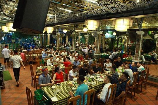 Hà Nội yêu cầu  dừng các cơ sở kinh doanh, nhà hàng, dịch vụ từ ngày 25.5