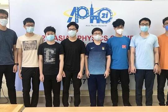 Tất cả 8 học sinh Việt Nam dự thi Olympic Vật lý châu Á - Thái Bình Dương đều đoạt giải