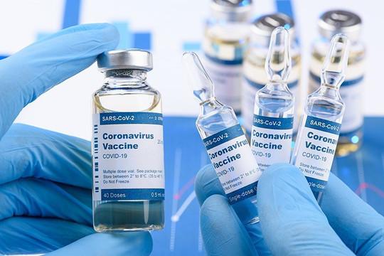 Israel, Qatar, Malta dần thoát COVID-19 nhờ tiêm vắc xin Pfizer, Chile dùng vắc xin Trung Quốc vẫn bùng dịch