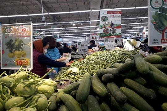 Người dân ở TP.HCM đổ xô đi mua hàng tích trữ, Bộ Công Thương khuyến cáo gì?