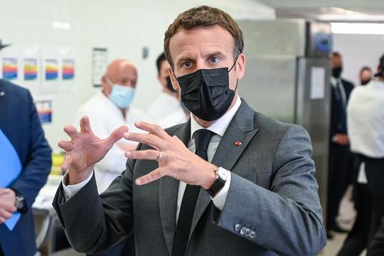 Tổng thống Pháp Emmanuel Macron lên tiếng sau khi bị tát