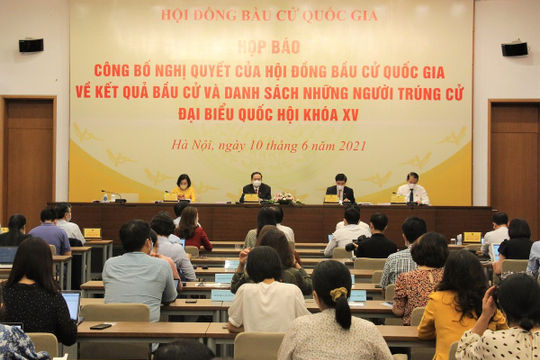 Bác tư cách đại biểu với Bí thư Bình Dương Trần Văn Nam