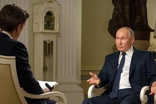 Ông Putin mượn ông Trump để so sánh  với Tổng thống Biden