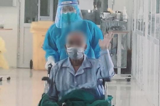 Bệnh nhân COVID-19 nguy kịch, tiền sử đột quỵ thoát chết, tươi tỉnh xuất viện
