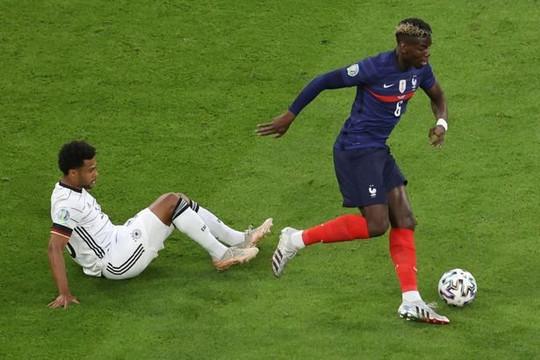 Huyền thoại MU và Arsenal ngỡ ngàng vì  Pogba đá thăng hoa khác xa ở CLB, Bruno Fernandes chúc mừng