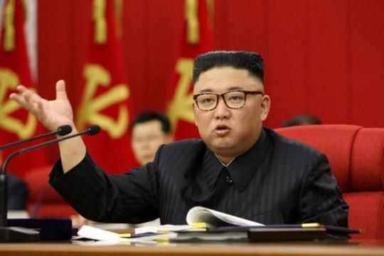 Triều Tiên chưa nhận được vắc xin từ COVAX, thiếu lương thực trầm trọng do COVID-19 và bão