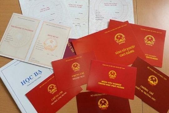 Thanh Hóa: Chủ nhiệm UBKT huyện Lang Chánh dùng bằng giả
