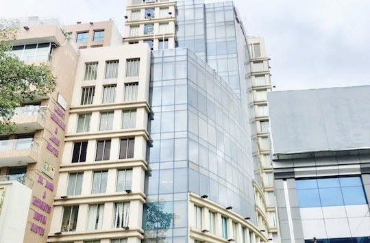 Phong tỏa tòa nhà Ngân hàng Thương mại Cổ phần Sài Gòn 14 tầng vì ca mắc COVID-19, tìm người liên quan