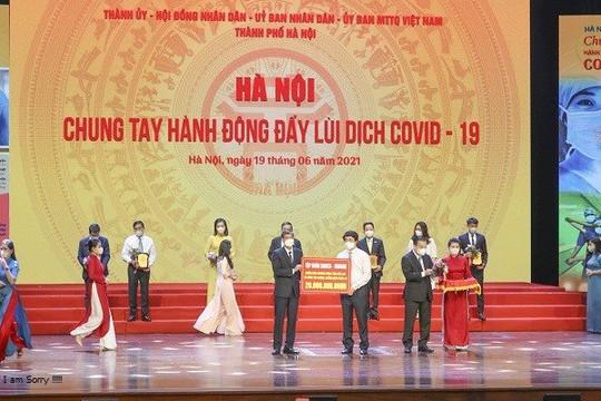 HDBank trao 20 tỉ đồng hỗ trợ Hà Nội phòng chống dịch COVID-19