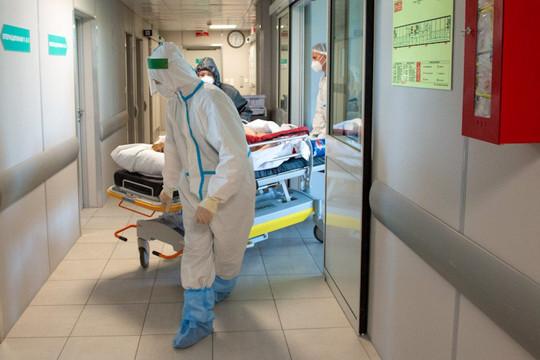 Dân thờ ơ với vắc xin, biến thể Delta càn quét, Nga có số người chết do COVID-19 cao nhất châu Âu