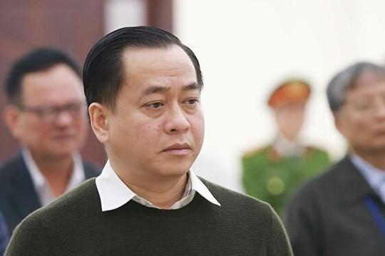 Bị can Nguyễn Duy Linh che giấu việc nhận quà, tiền từ Phan Văn Anh Vũ