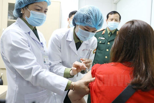 Tăng tốc thử nghiệm vắc xin Nanocovax lên 13.000 người trước khi đưa vào sử dụng