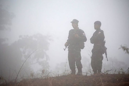 Giao tranh với nhóm nổi dậy, quân đội Myanmar giết 25 người khi đột kích vào thị trấn