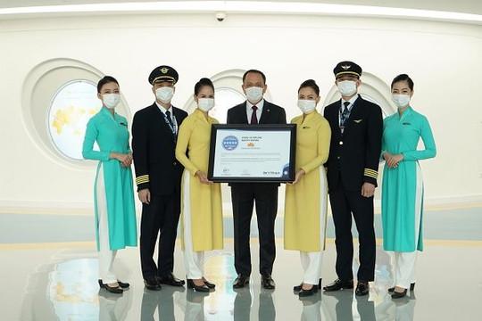Vietnam Airlines lọt top hãng hàng không đạt chứng chỉ 5 sao cao nhất Skytrax về an toàn phòng chống dịch COVID-19