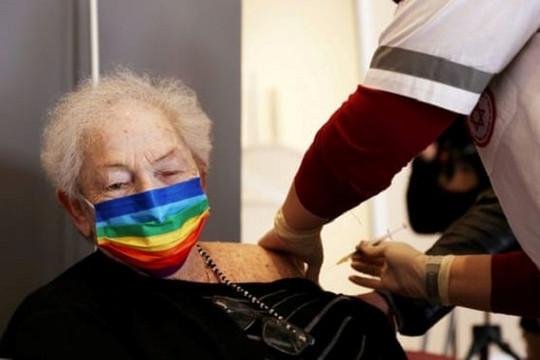 Israel triển khai tiêm mũi thứ 3 vắc xin COVID-19