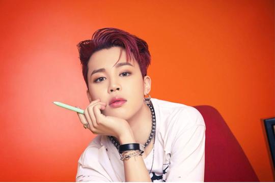 Vì sao phong cách thời trang phi giới tính nở rộ trong văn hoá K-Pop?