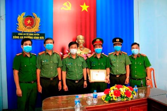An Giang: Khen thưởng tập thể, chiến sĩ công an làm việc tốt vì dân