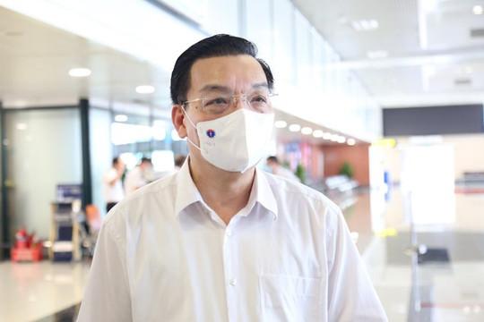 Để triển khai tiêm vắc xin quy mô lớn, Hà Nội cần thêm 496 dây chuyền tiêm